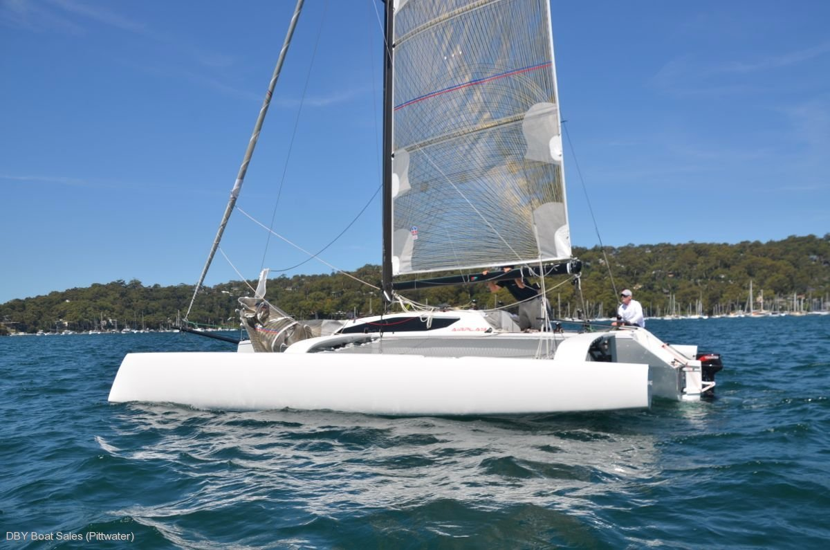 Airplay 30 Sport:Airplay 30 Sport trimaran for sale