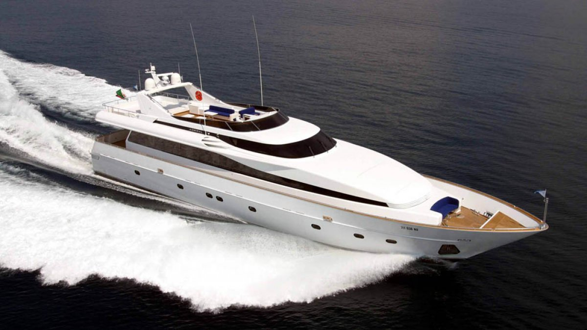32.50m (106ft) Custom built Flybridge Motoryacht.