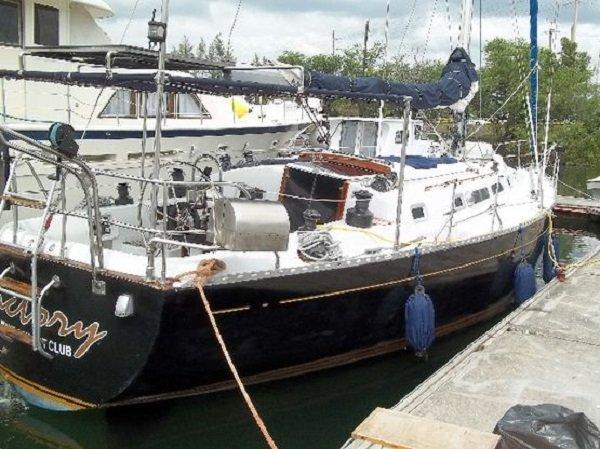 Tatoosh 42 Offshore Cruising Yacht