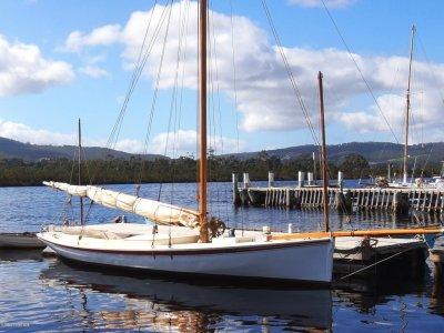 1892 Gaff-rigged Yacht