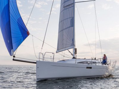 J Boats J/112e - New 36ft cruiser/racer