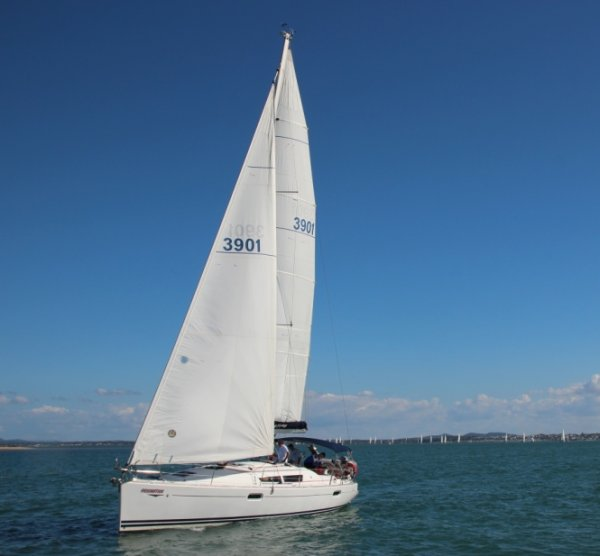 Jeanneau Sun Odyssey 39i - 1/10th share