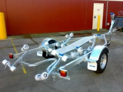 Boat Trailer Fibreglass 5.5m