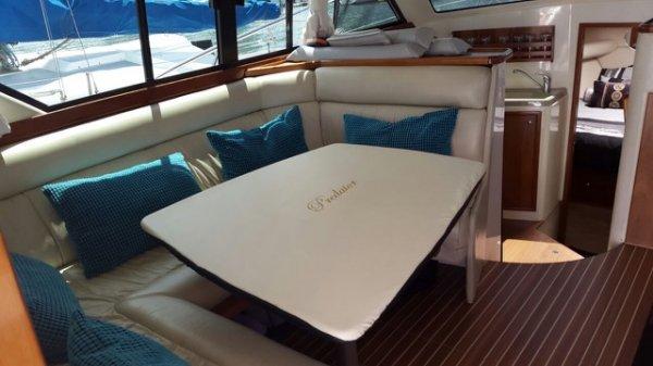 Riviera 3350