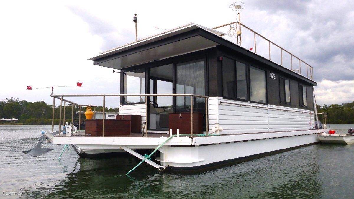 48 Custom House Boat