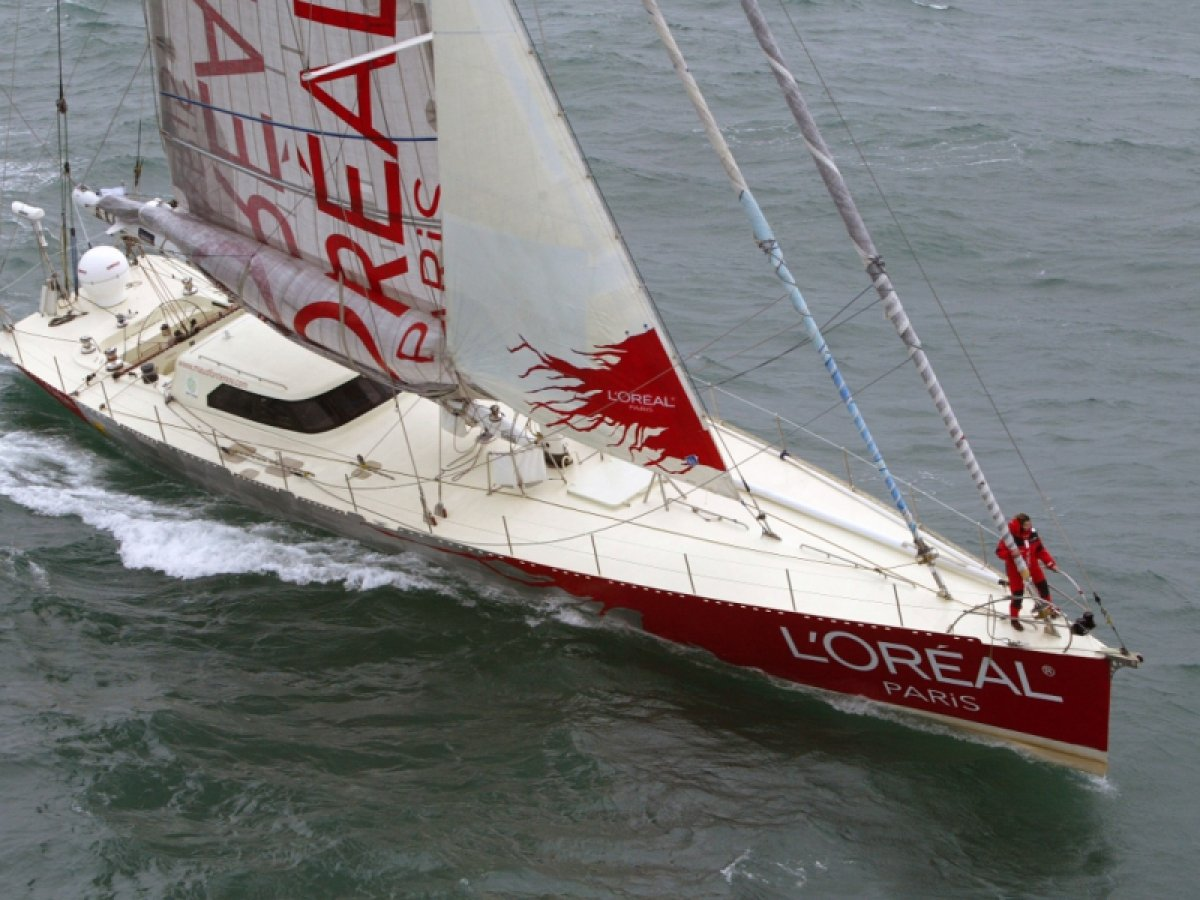 This yacht holds the record for a east west circumnavigation