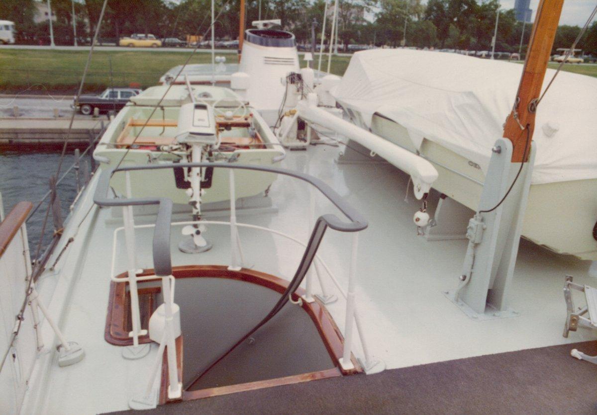 Feadship Design Classic Canoe Stern