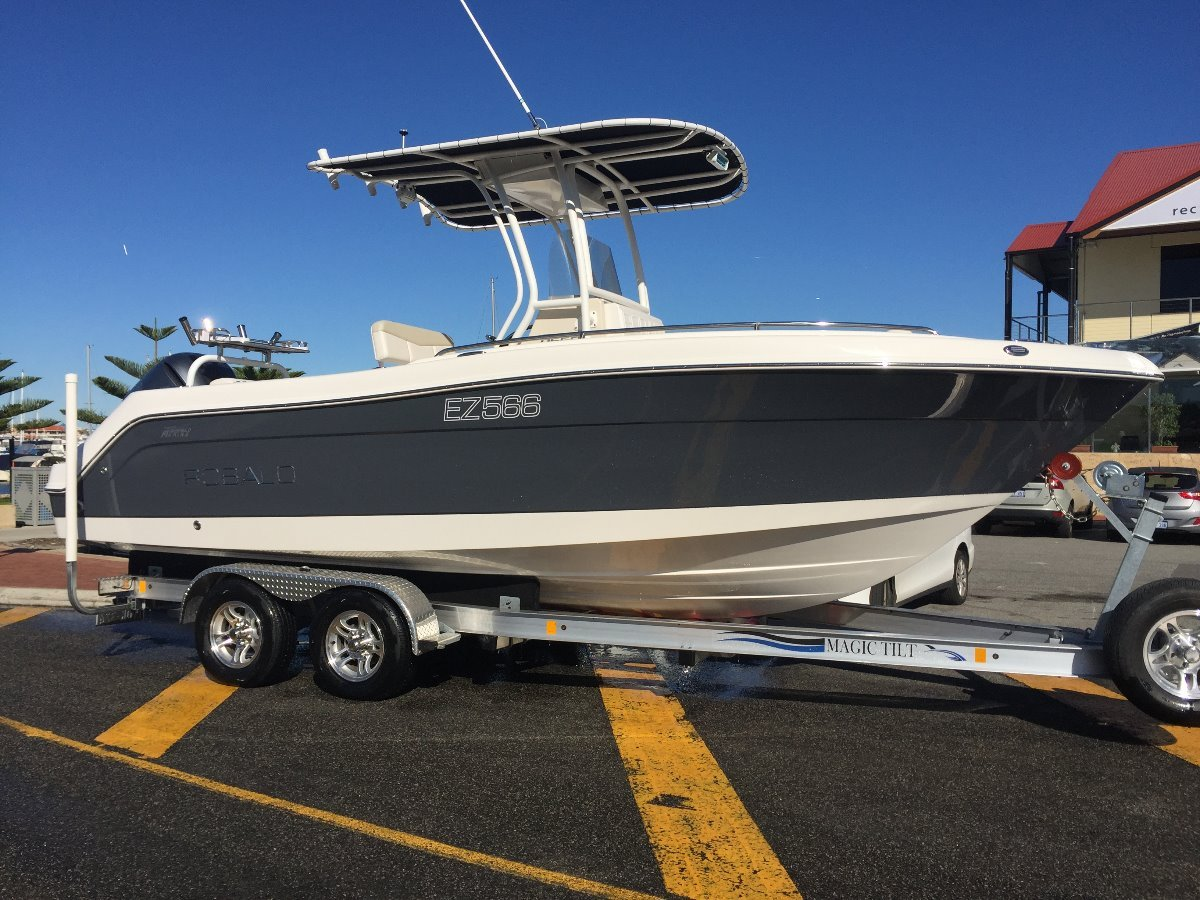 Robalo R222:Perfect CC Package
