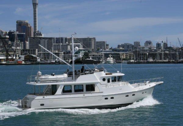 Selene 55 Pilothouse cruiser:under power