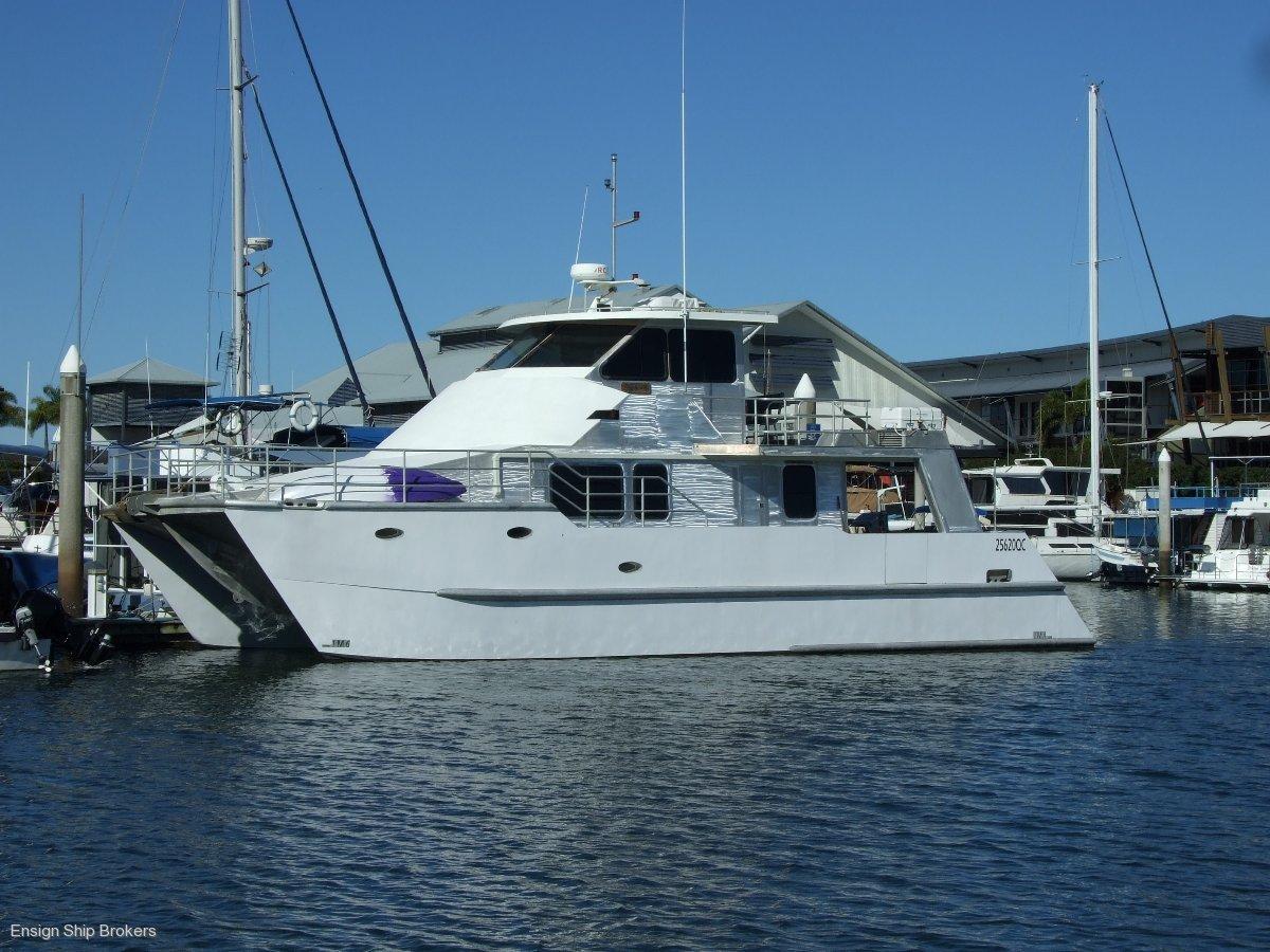 Charter Powercat 49'