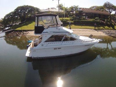 Sea Ray 300 Sedan