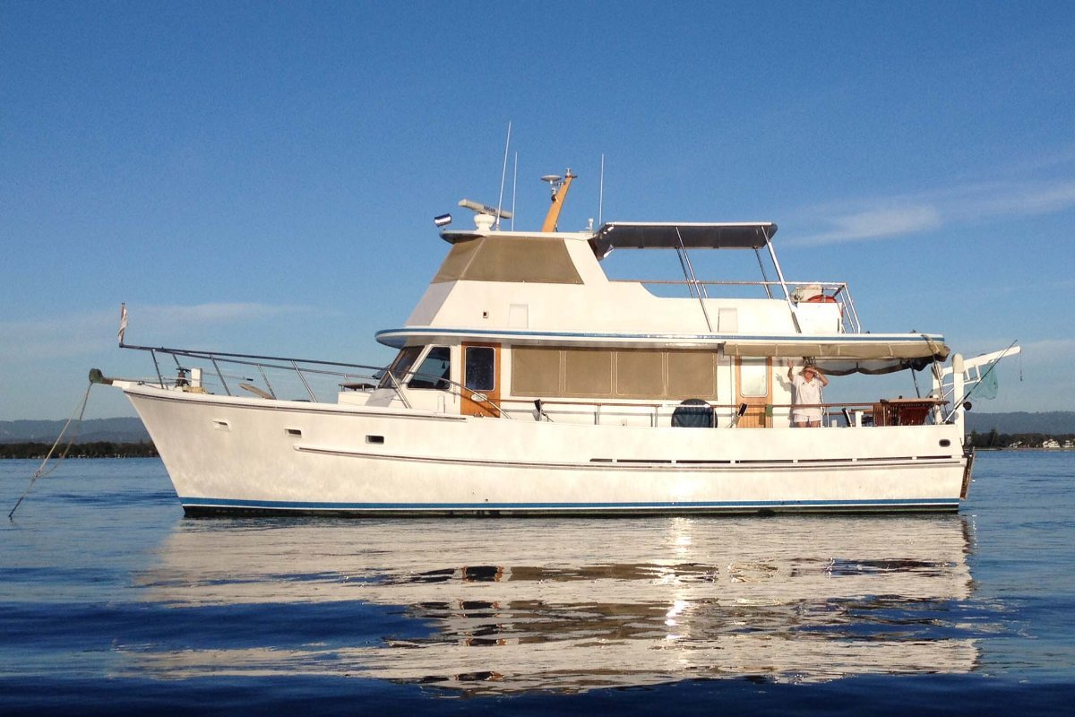 Hughes 47 Flybridge Cruiser