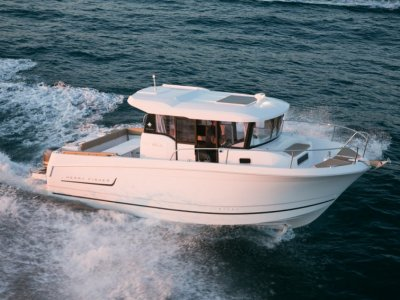 New Jeanneau Merry Fisher 855 Marlin