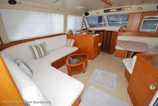 Riviera 48 Platinum Enclosed Flybridge