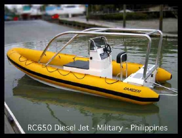 Lancer RC 650 RIB Deep Vee - Cabin/Console