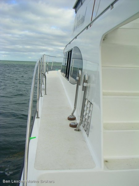 Powercat 42' PETER BRADY DESIGNED DISPLACEMENT POWERCAT