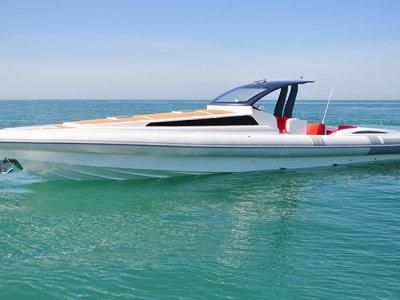 Pirelli Pzero 1400 Cabin Super Yacht Tenders