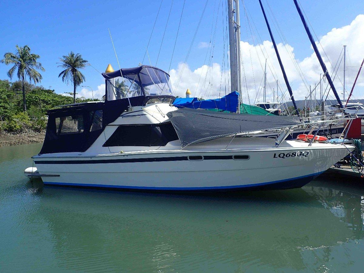 Randell Flybridge Cruiser