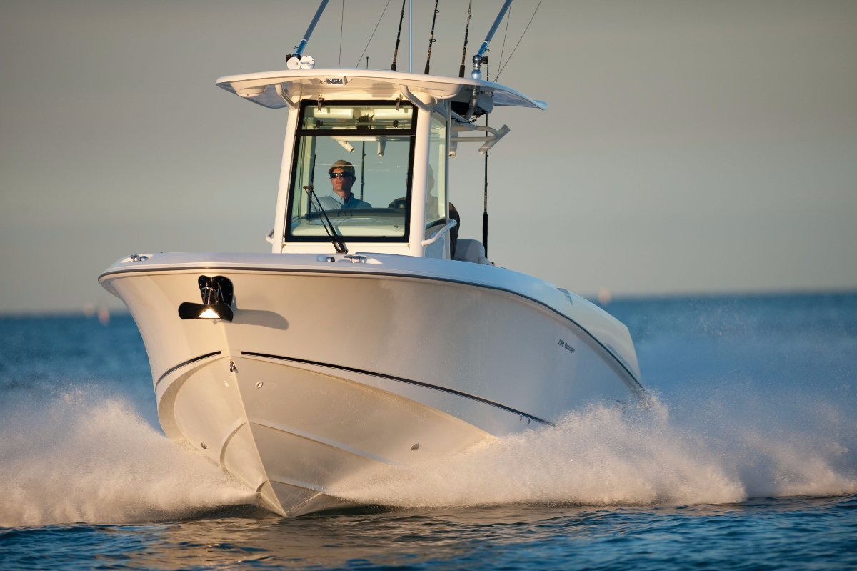 New Boston Whaler 280 Outrage Centre Console for Sale | Boats For