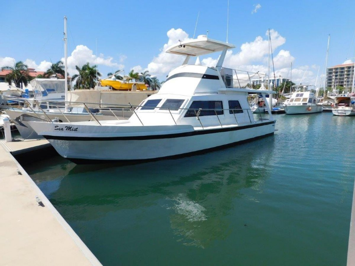 Hartley Flybridge Cruiser 40ft steel flybridge cruiser