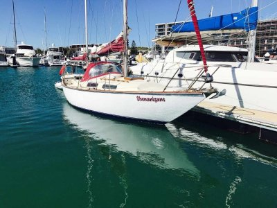 Manitou 32 Centre Cockpit Safe Cruising Yacht, well maintained extras