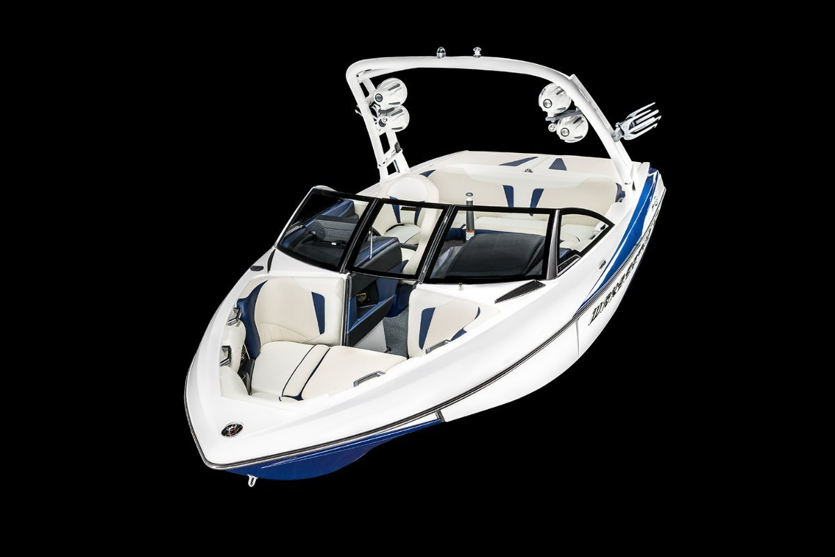 Malibu Wakesetter 20 VTX + Indmar Ford Monsoon 410 6.2L Marine Engine