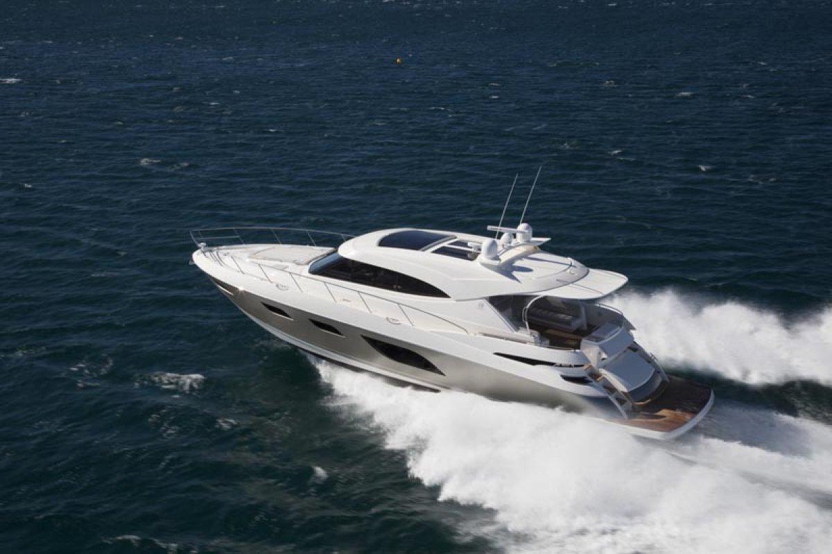 Riviera 6000 Sport Yacht