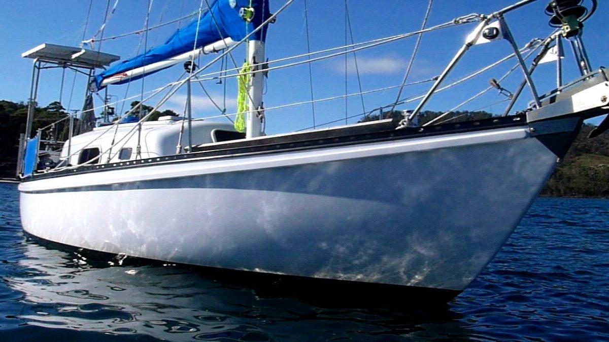 Van De Stadt Pionier Solo Sailing on a Budget
