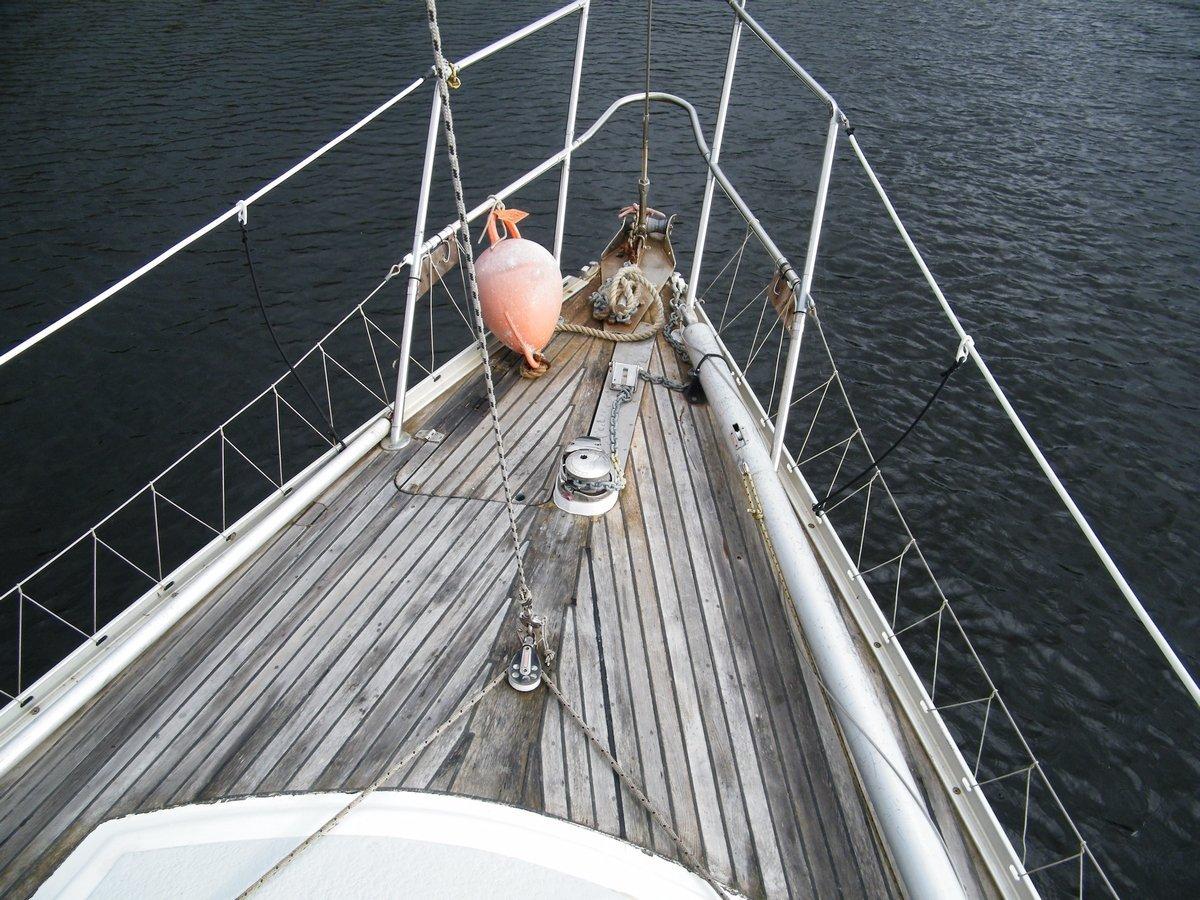 Westhaven 33' Sloop