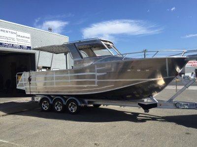 Preston Craft 900 Thunderbolt Walkaround Inboard