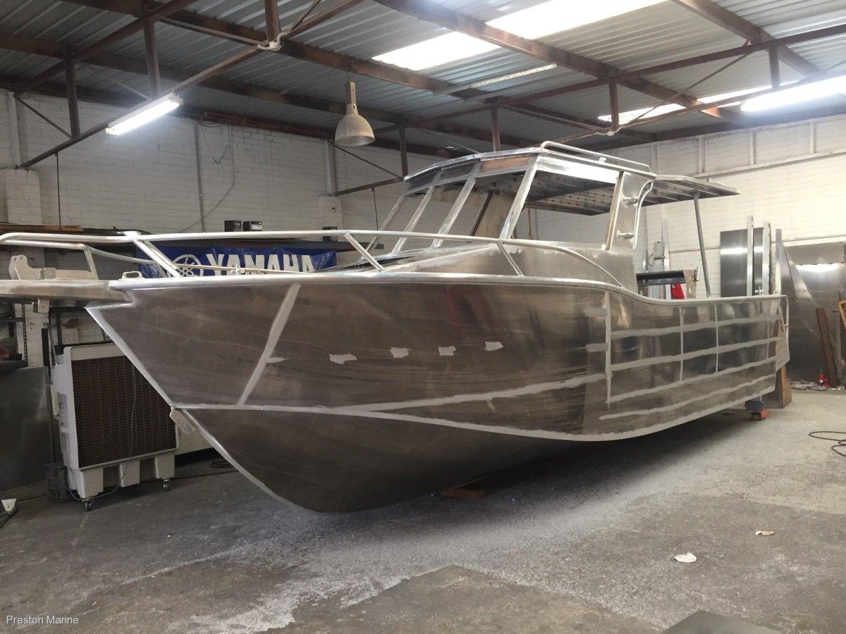 New Preston Craft 7.6m Thunderbolt Walkaround inboard diesel