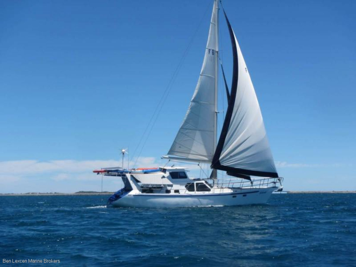 STEEL SLOOP 48 - SWING KEEL