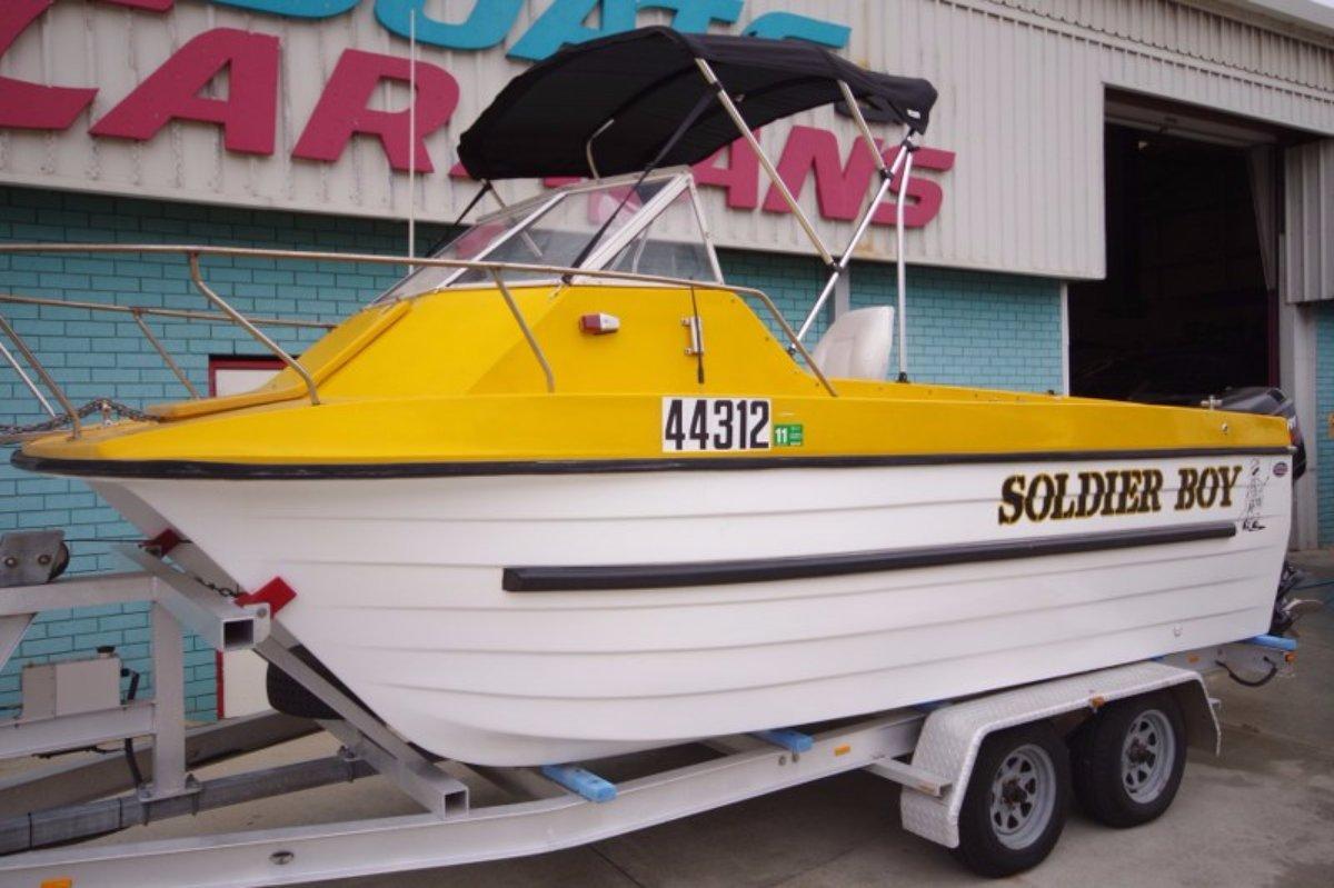 Shark Cat 1750 5.5m Multi-hull
