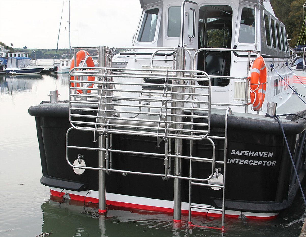 Safehaven Self Righting Interceptor 48 Pilot Boat/SAR