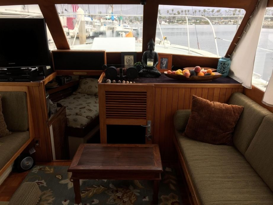 Roughwater Pilothouse