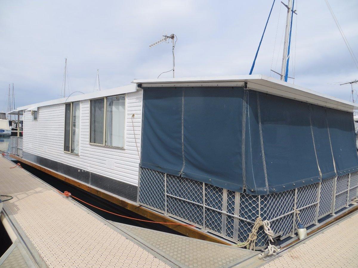 48FT Custom Built Houseboat