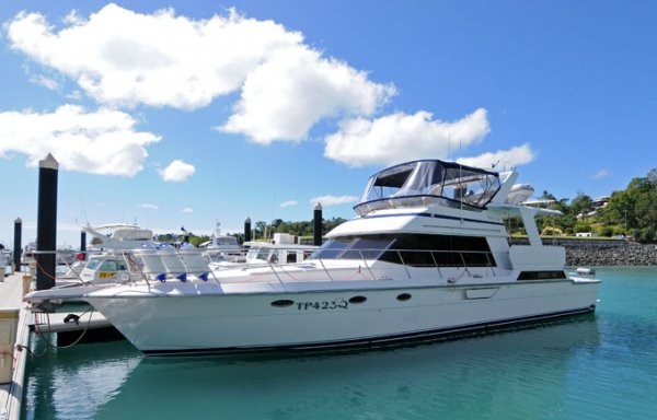 Dyna 53 Motor Yacht