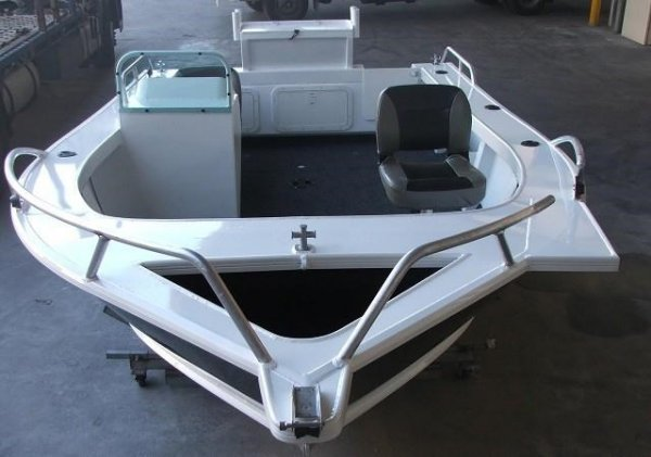 Formosa Tomahawk Offshore 660 Side Console