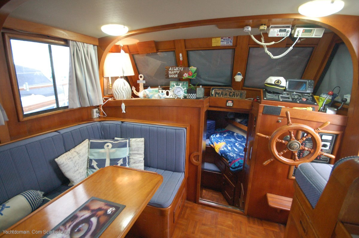Pacific 36 Aft Cabin