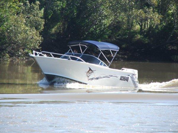 Formosa Tomahawk Offshore 660 Bowrider