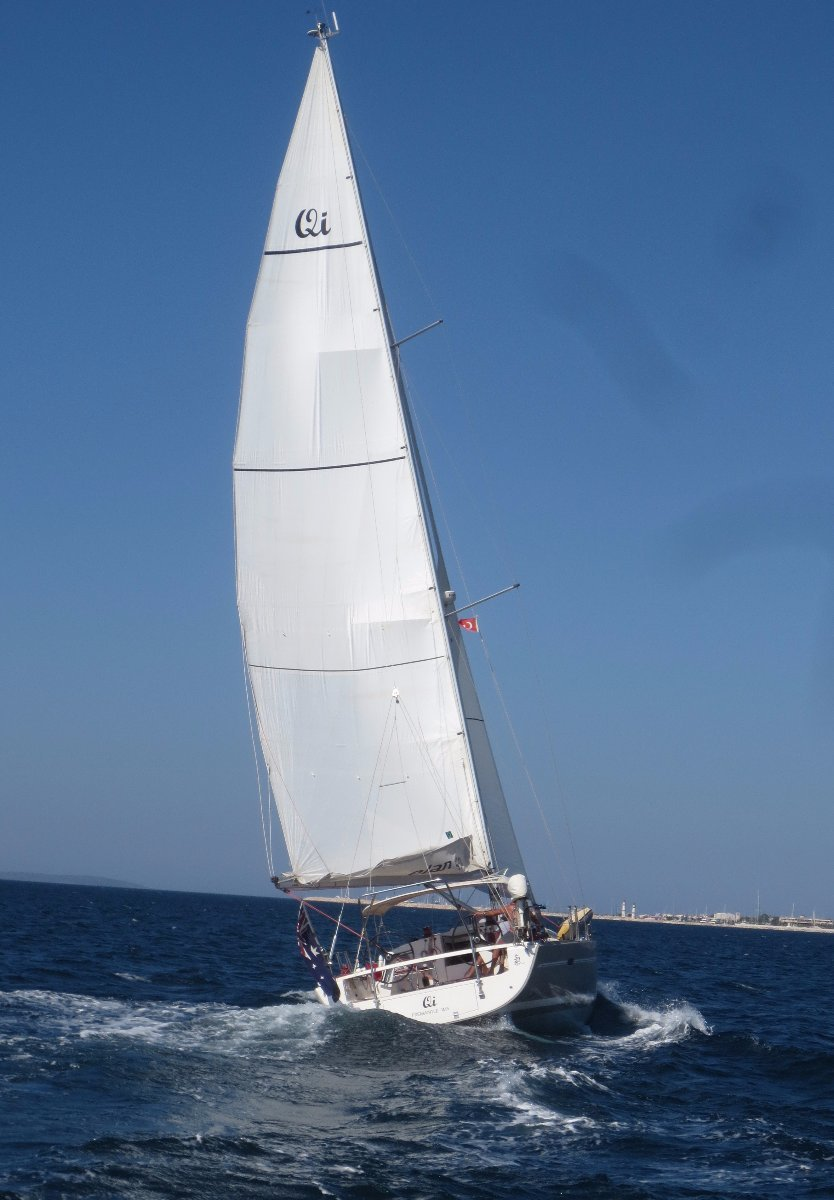 Elan 450 2009 model superbly spec'd for cruising or racing