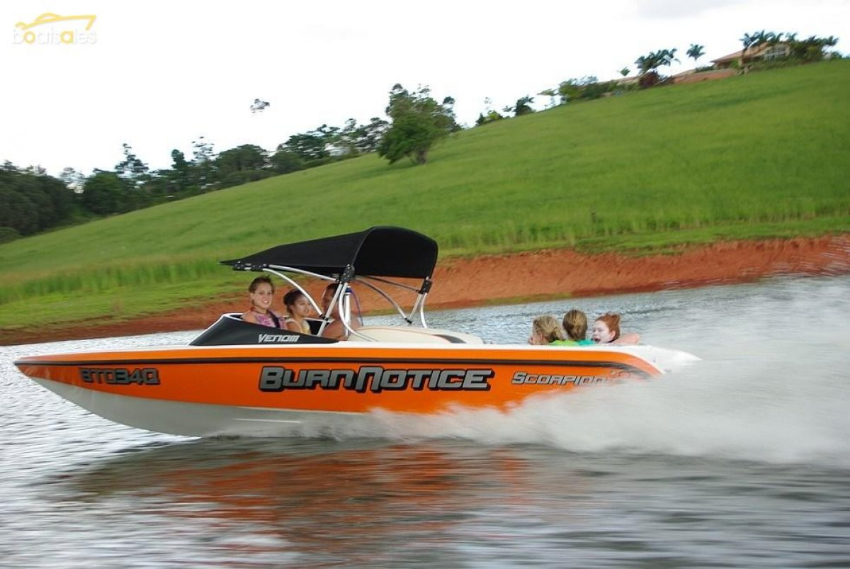 Hooker Scorpion Ski-Venom Ski Boat