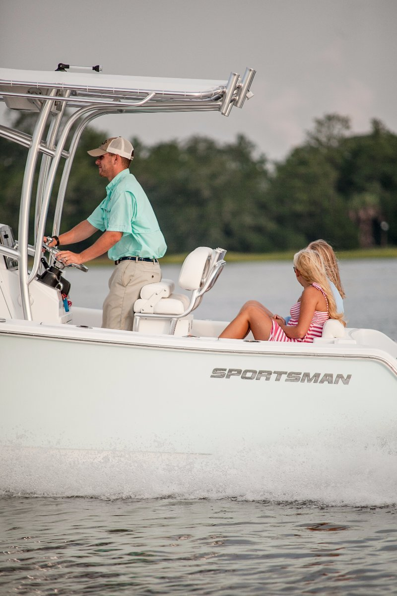 Sportsman Open 212 Centre Console PRICING WITH ALL STANDARD INCLUSIONS ONLY.