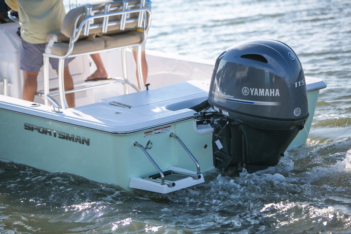 Sportsman Masters 207 Centre Console WITH ALL STANDARD INCLUSIONS
