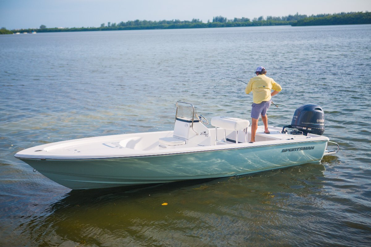 Sportsman Island Bay 20 Centre Console WITH ALL STANDARD INCLUSIONS