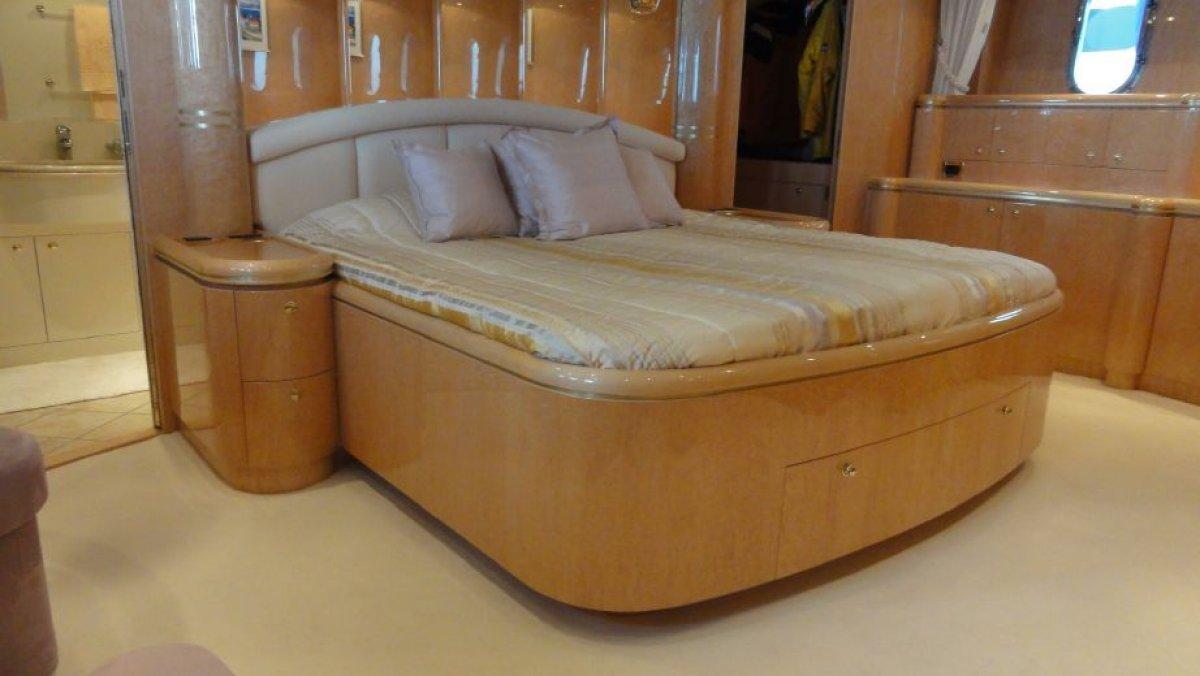Horizon Yacht Elegance 88 2008