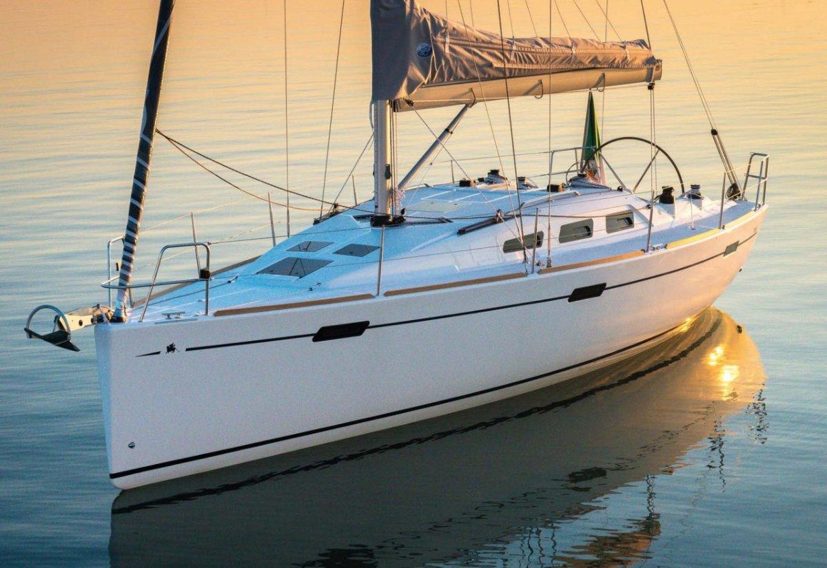 Italia Yachts IY 10.98
