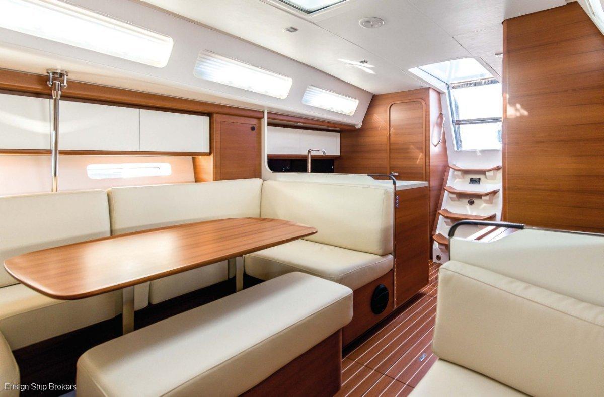 Italia Yachts IY 13.98