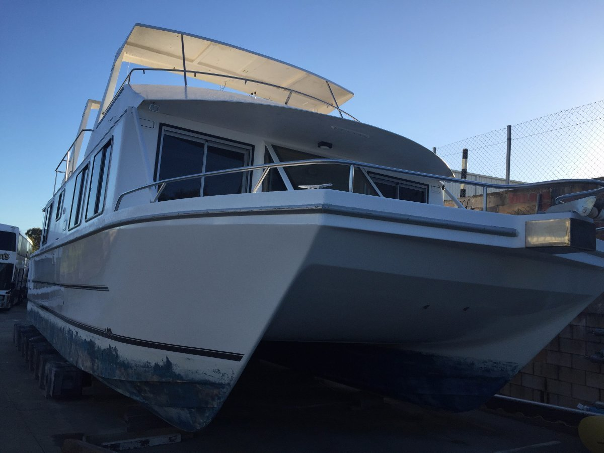 Homecruiser Houseboat 48 Foot Sea Venture - Refurbished 2017