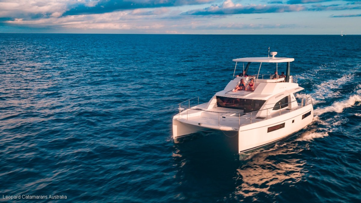 Leopard Catamarans L43 Powercat